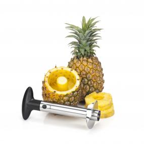Cutting a Pineapple Has Never Been So Easy!