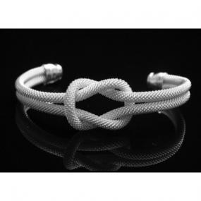 FREE SHIPPING...Tiffany Inspired Knot Bracelet