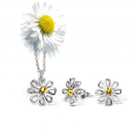 Limited Stock......Daisy Necklace and Earrings Set........ FREE SHIPPING