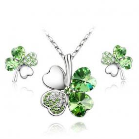 Green Swarovski Elements Crystal Four Leaf Clover Pendant Heart Love Necklace and Earrings Set