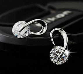Swarovski Elements Crystal Earrings FREE SHIPPING