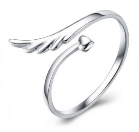 Angel Wing Wrap Ring