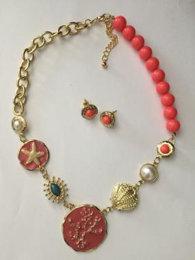 Sea Life Necklace and Earrings Set in Coral or White - Free Shipping