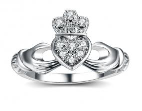 Irish Heart Ring Size 7......FREE SHIPPING