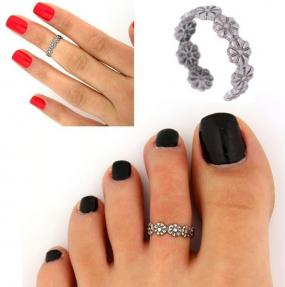Adjustable Flower Toe / Medi Ring....FREE SHIPPING